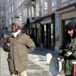 Redner des Nigerianischen Vereins Salzburg bei der Solidaritätsaktion in Salzburg am 26.1.2013