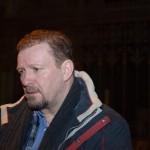 """9.1.: Elias Bierdel als erster prominenter Unterstützer im Zuge der Aktion """"Solidarisch Schlafen"""" zu Besuch bei Refugees in der Votivkirche"""